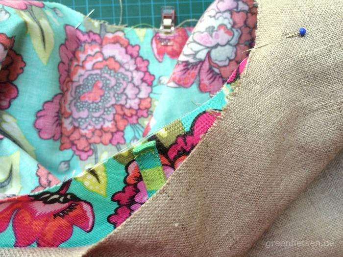 Free Tutorial | Mozzie Bag - Außentasche und Innentasche zusammenstecken