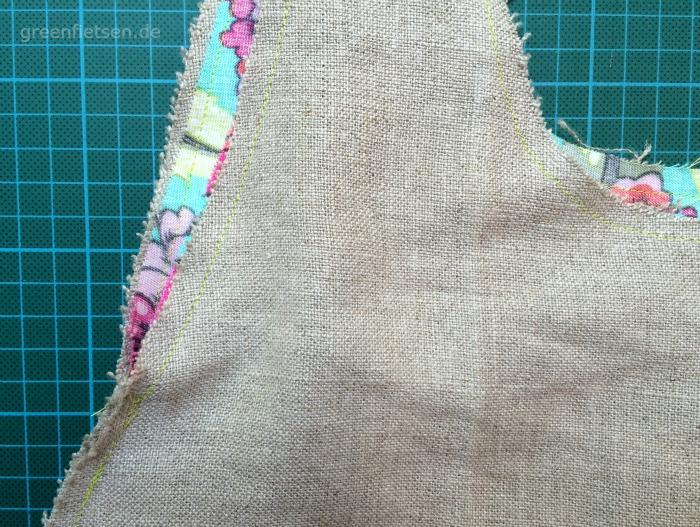 Free Tutorial | Mozzie Bag - Außentasche und Innentasche zusammennähen