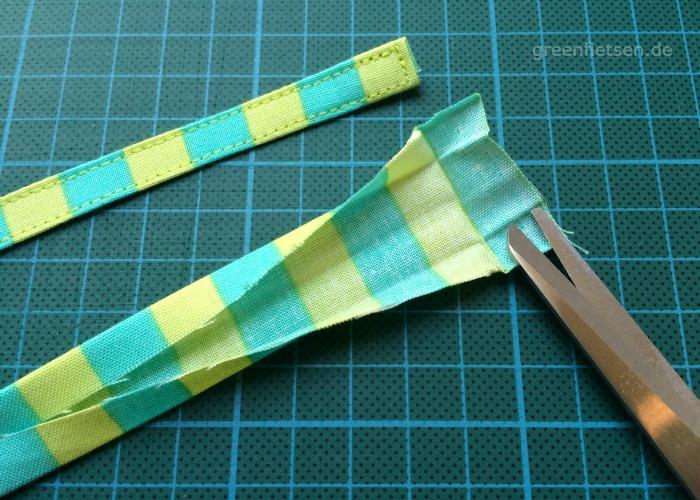 Free Tutorial | Mozzie Bag - Bindebändchen nähen und anbringen