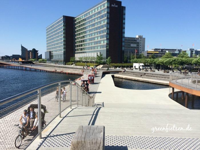 Promenade an der Kalvebod Brygge in Kopenhagen