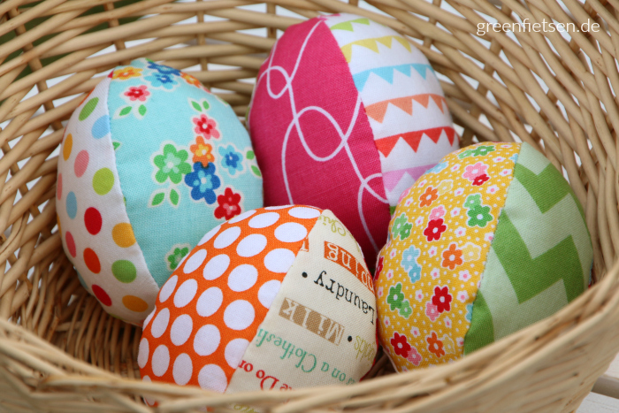 Genähte Stoffeier für Ostern