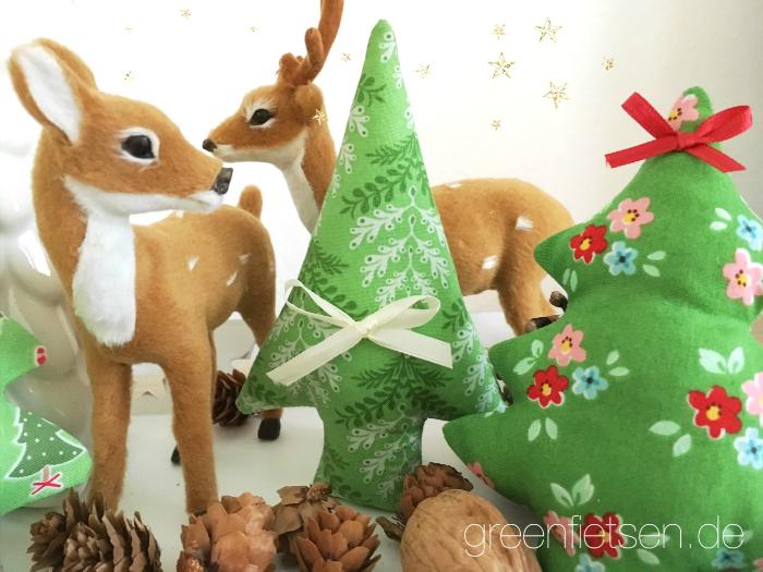 Weihnachtsbäume aus Stoff nähen